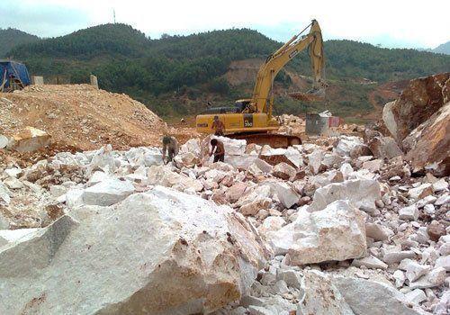Nghệ An: Cấp phép khai thác mỏ đá vôi tại Lèn Răng Cưa