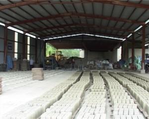 Kon Tum: Phát triển vật liệu xây không nung và chấm dứt sản xuất gạch xây đất sét nung bằng lò thủ công