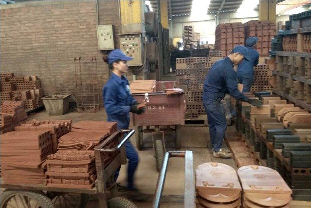"""VIGLACAERA Hạ Long - """"Mái ấm"""" của người lao động"""