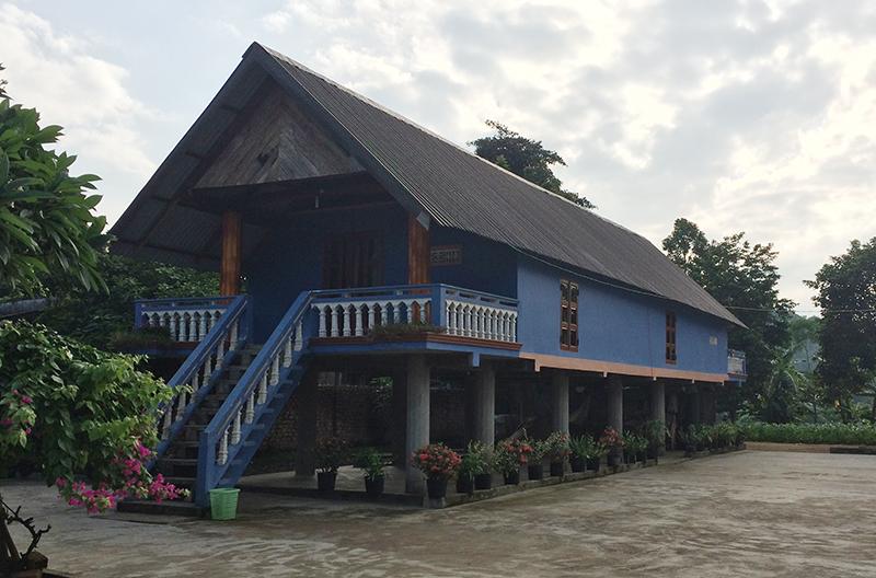 Nhà sàn bê tông - bản sắc nông thôn mới miền núi