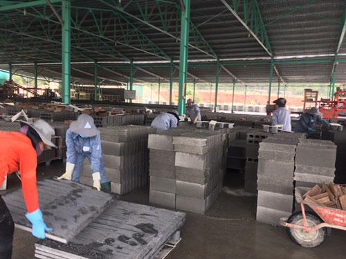 Bình Thuận: Thị trường chuộng gạch không nung có tro bay