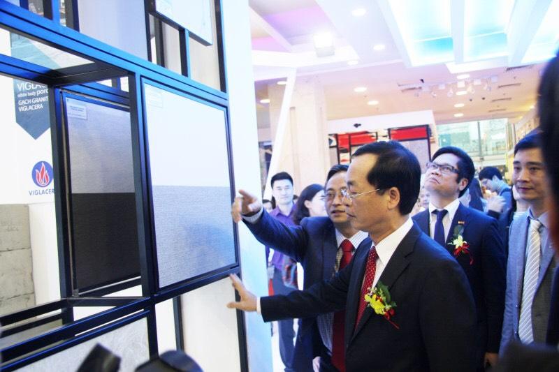 VIGLACERA Tiên Sơn: Đón đầu công nghệ, chiếm lĩnh phân khúc thị trường cao cấp