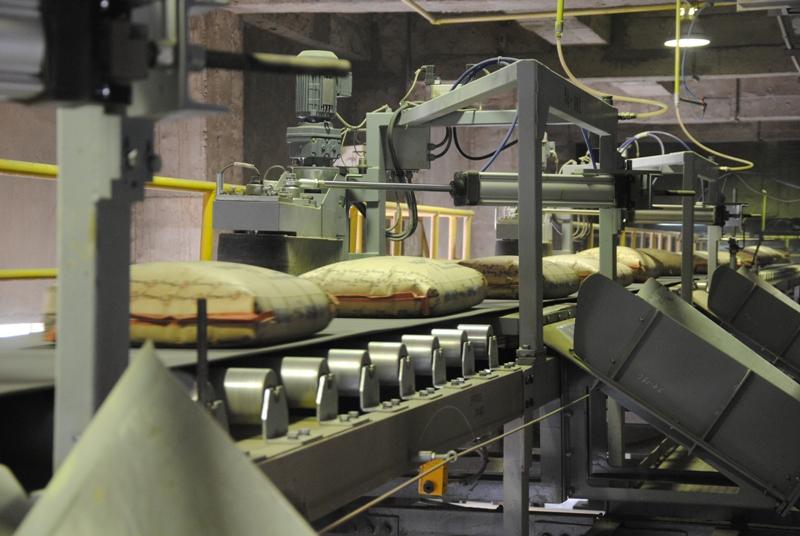 Vicem đã tiêu thụ được hơn 9,2 triệu tấn xi măng, clinker