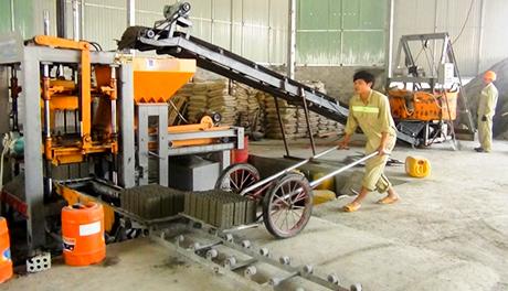 Kon Tum: Phát triển sản xuất và sử dụng vật liệu xây không nung