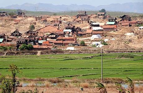 Kon Tum: Phát triển gạch không nung: Cần những chính sách hỗ trợ