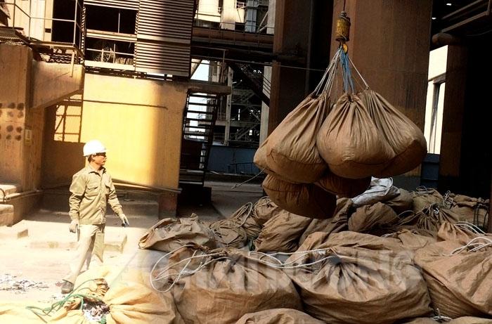 Công ty Xi măng Hoàng Thạch: Sử dụng bùn, rác thải trong sản xuất xi măng