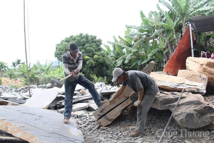 Tìm lối đi cho làng nghề đá chẻ Hoà Sơn - Bài 1: Hành trình trở thành làng nghề bài bản: Khó chồng khó