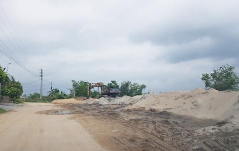 Bắc Giang: Cần xử lý triệt để việc tập kết, kinh doanh vật liệu xây dựng không phép