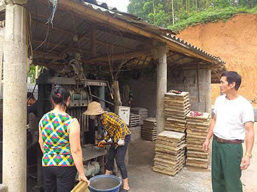 Cựu chiến binh làm giàu từ sản xuất gạch bê tông không nung.