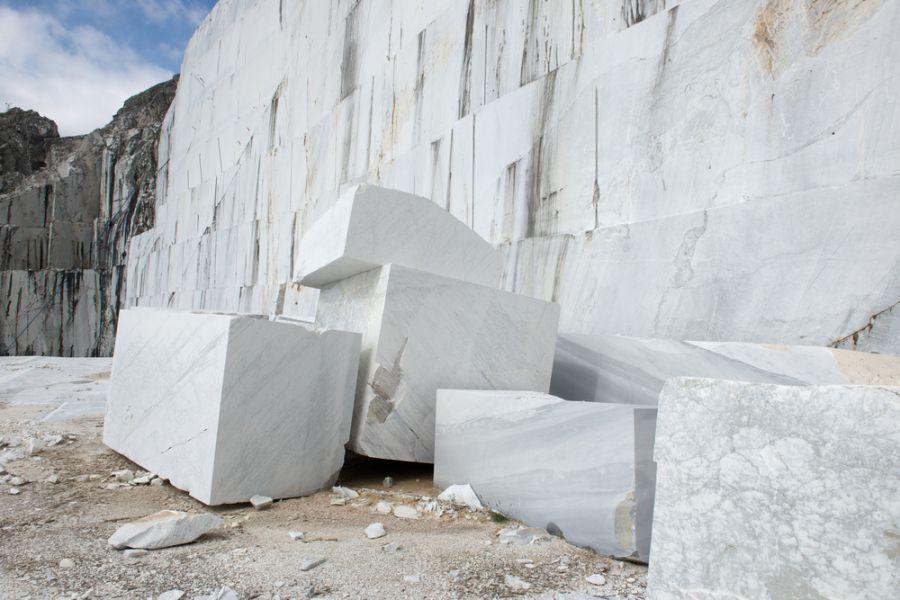 Thông tư quy định kỹ thuật về thăm dò, đánh giá trữ lượng đá khối sử dụng làm ốp lát và mỹ nghệ.